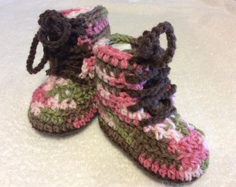 Baby Booties,  Army Boots Baby,  Camouflage Booties,  Military Boots Baby,  Pink Camo,  Crochet  Booties,  Newborn - 12 Months, Booties Baby