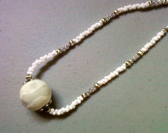 White and Gray Necklace (0408)