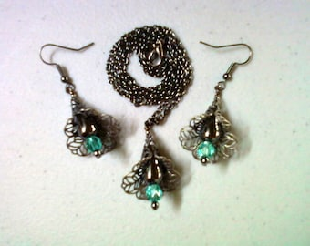 Black and Aqua Filigree Necklace and Earrings (0449)