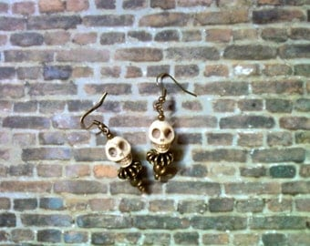 White and Brass Skull Earrings (1538)
