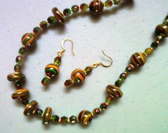 Gold, Maroon and Green Necklace and Earrings (0974)