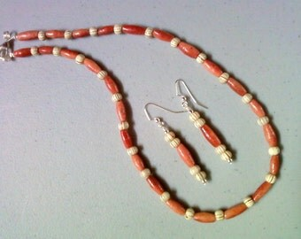 Dark Apricot, Cream and Brown Necklace and Earrings (1135)