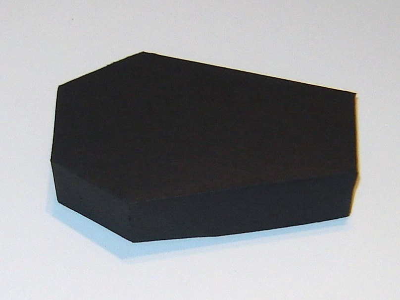 Celebrate It Occasions Favor Boxes With Lids Instructions : Coffin box kit with lids halloween treat boxes party