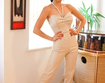 Bespoke made to measure jumpsuit in non stretch cotton. Any color available, different designs.