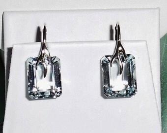 23 cts Natural Emerald cut Sky Blue Topaz gemstones, Sterling Silver leverback Pierced Earrings