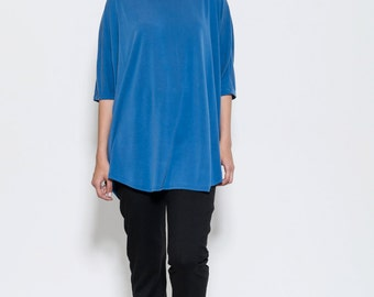 Ladies oversized royal blue T-shirt