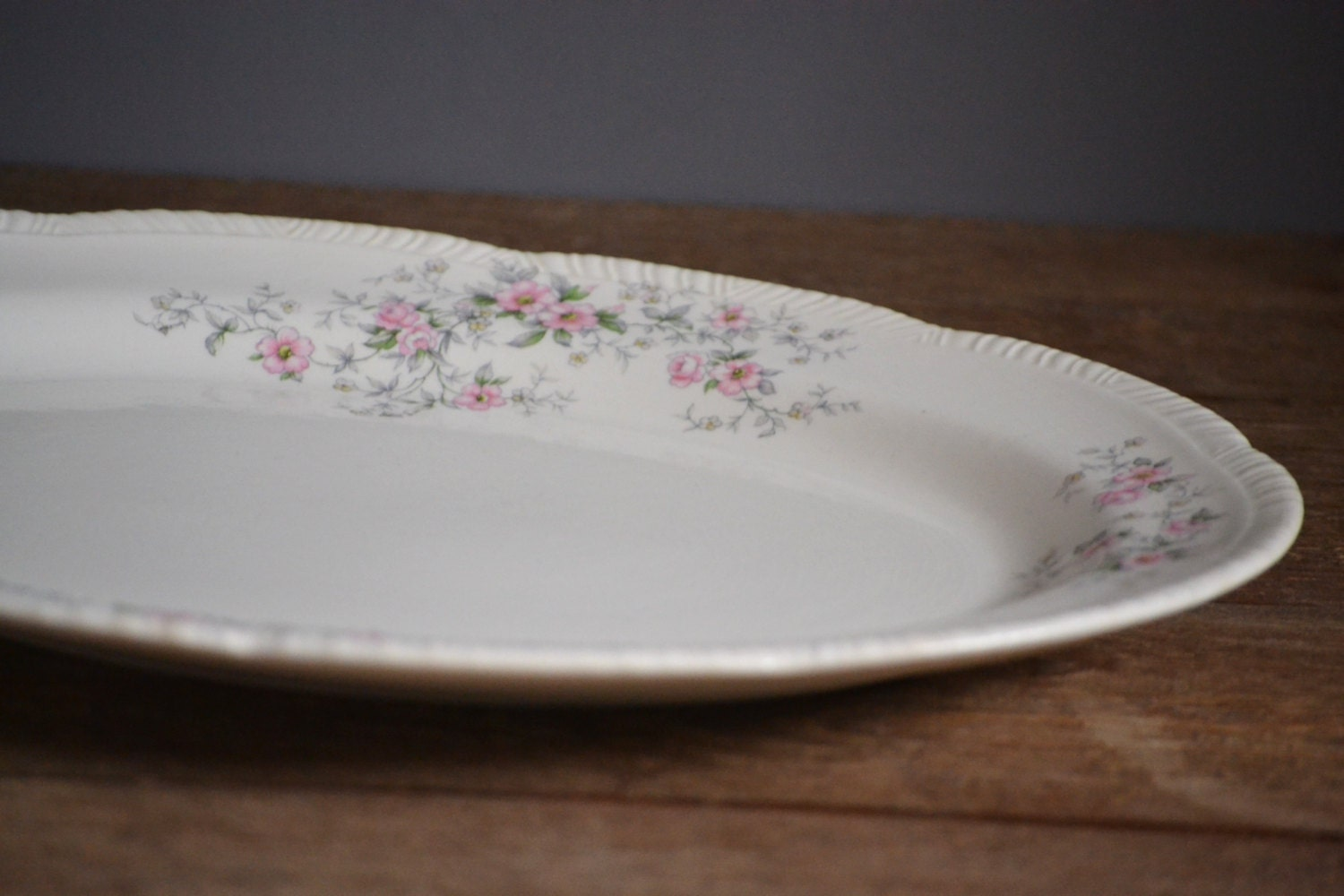 1940s Homer Laughlin Serving Tray Platter Hlc W442 Pink And