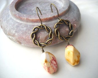 Moukaite brass earrings: Fires of Ares - Gifts under 10, mookaite earrings, moukaite earrings, wreath earrings, mythology, gift for her