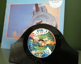 DIRE STRAITS Record Clock Original 1980s Classic Album Brothers in Arms Vintage Vinyl Record Mantle Clock Mark Knopfler