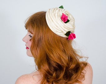 1960s vintage hat / pillbox / Lilly's Dilly's