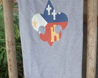 Fleur De Lis Short Sleeved T-Shirt with Acadiana Flag/Acadiana Fleur De Lis/Flag Tee/Louisiana Shirt/Louisiana Gift