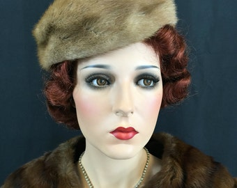 Vintage 1950s Hat Mink Brown Fur Mink Beret 50s Topper Toque wool interior up to 23 head size 14-4