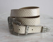 PEARLY Belt Cream Silver Shell - Women's XS S M - 1980s Vintage