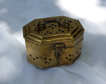 Lucky Cricket Trinket Brass Metal Storage Box Container