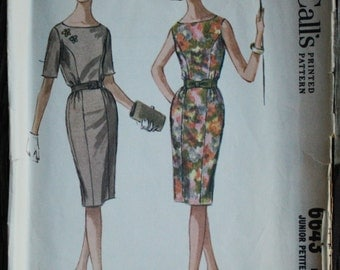 McCall 6643 1960s 60s Mod Wiggle Dress Vintage Sewing Pattern Size 15 Bust 33