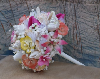 New Tropical 2015 Beach Wedding Seashell Flower and Seashell Bouquet / Ocean Bouquet / Beach Bouquet / Summer Bouquet /  Made to Order