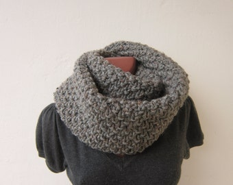 chunky snood cowl loop scarf shawl hand knitted infinity scarf brown gray soft wool knitted infinity scarf cowl circle scarf marbled