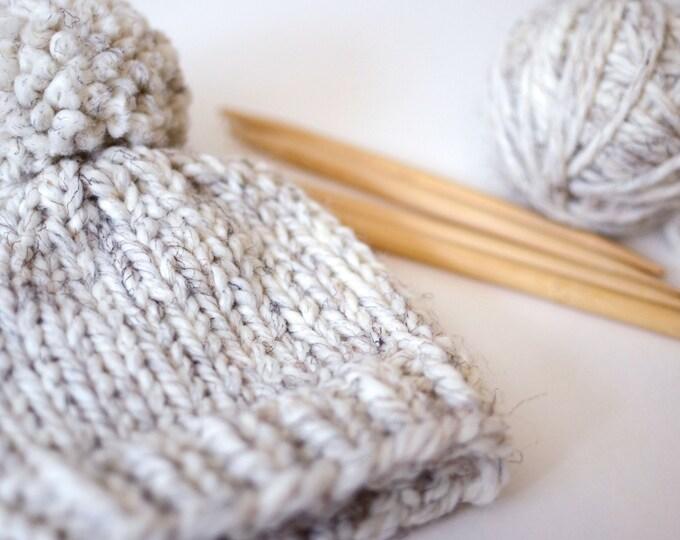Hand Knitted Newborn Baby Beanie // Neutral Baby Beanie // Baby Hat With Pom Pom // Baby Photo Prop // Baby Beanie // Knit Baby Hat