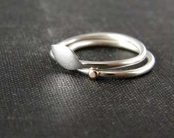 Silver leaf stacking ring set. Delicate rings in sterling silver and recycled gold.