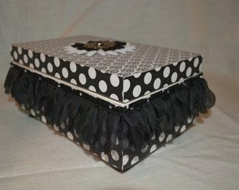 Trinket, treasure, memory, or keepsake box.  Hinged lid with flower, tulle, rhinestone trims.  BDay, Teacher, Friend