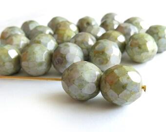 Czech Glass Firepolish Beads - Opaque Green - 12mm