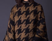 SALE 50% OFF 70s Vintage Houndstooth Poncho in Black and Tan