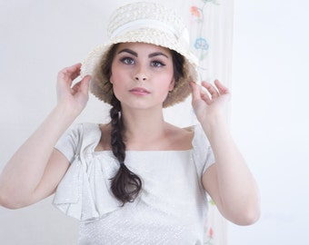 Plastic BucketHat. SM.  Weave Hat -- 1950s Vintage Accessories. White Wedding, Church Hat. NWT