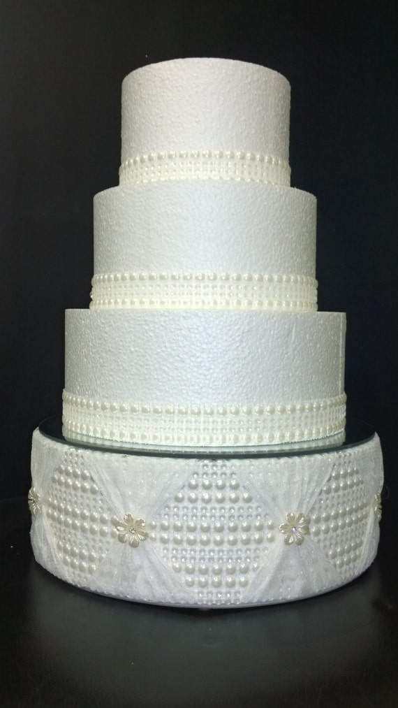 average size of round wedding cake pearl and lace design wedding cake stand or square all 10943