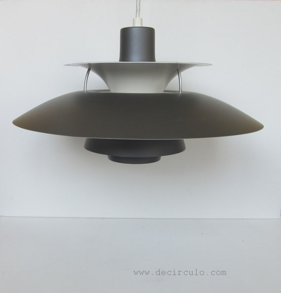 ph5 pendant lamp by louis poulsen design poul henningsen. Black Bedroom Furniture Sets. Home Design Ideas