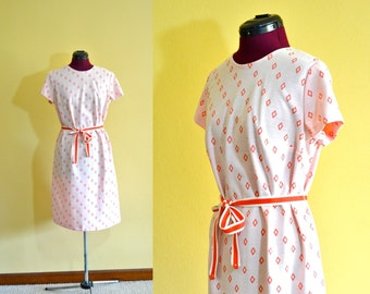 1970s Vintage Plus Size Diane Young Sportswear Peach Sheath Dress and Matching Jacket size 18.5 (XL XXL) bust 40