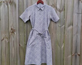 M Medium Vintage 60s Blue Taupe Plaid Print Front Zipper Short Sleeve Collar Spring Summer Housedress Mod Modette Dress