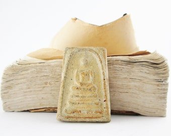 Vintage Thai Amulet - PHRA SOMDEJ