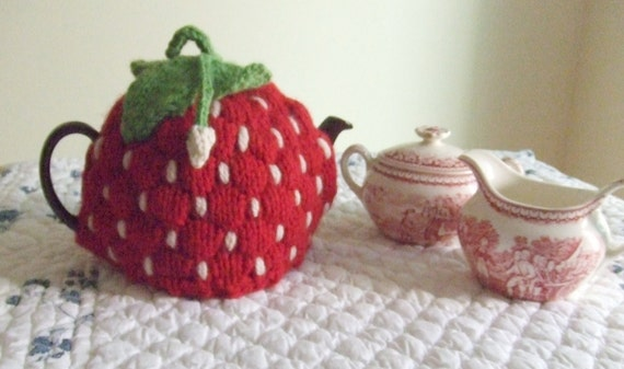 Strawberry Leaf Knitting Pattern : Knitting Pattern Spouted Strawberry Tea Cozy, knit ...
