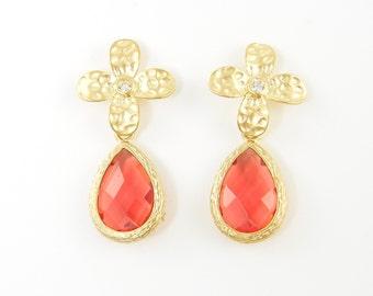 Coral Gold Earring Coral Drop Earring Gold Flower Earring Simple Modern Coral Post Earrings Coral Teardrop Earrings |CJ1-5