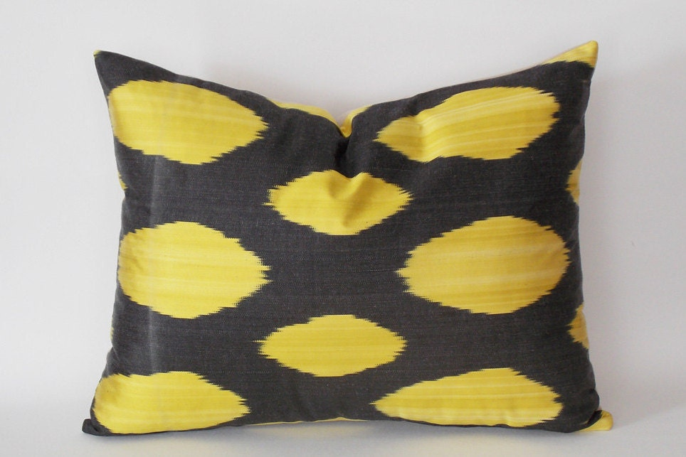 Yellow Silk Throw Pillows : Black Yellow Decorative Silk ?kat Pillow Cover Silk Pillow