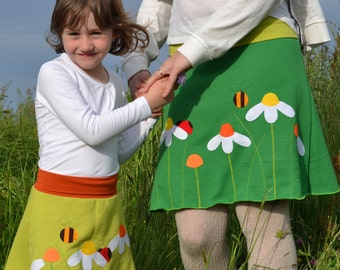 Mommy and me matching outfits,Mother daughter matching clothing,Mother's Day gift,matching skits set,appliqué skirts,green daisies skirt