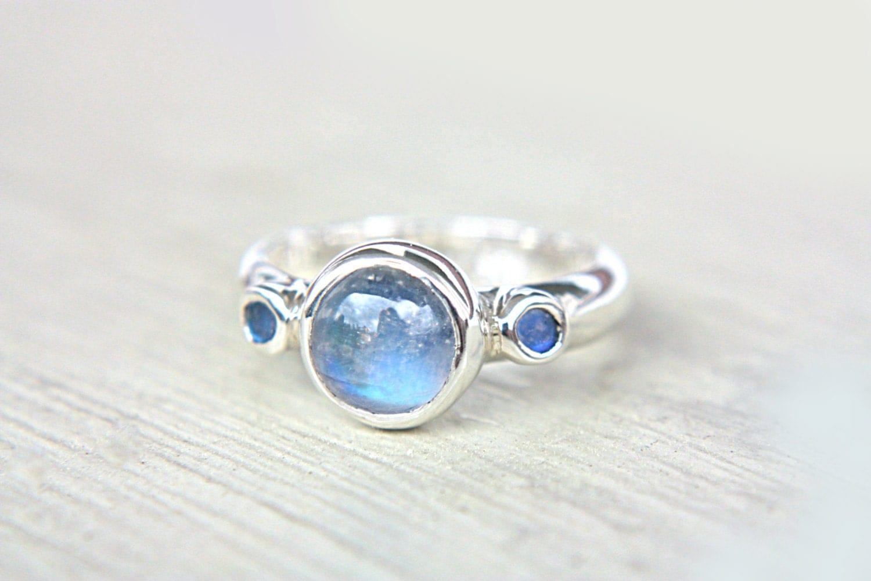 blue moonstone ring sterling silver moonstone by manaridesign