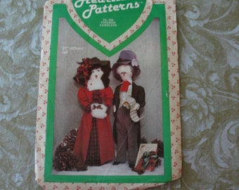 Vintage Pattern Christmas Dolls Fireside Carolers Heartland HL 105