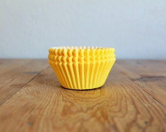 Yellow Cupcake Liners- (25)