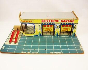 A  'Keystone Garage' - 1940s Paperboard - Shelf Stuff - Car Room - Den - Garage - Super Colors and Movement - Keystone Brand Cars
