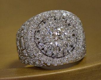 Art Deco-Inspired Statement Diamond Ring (18K White Gold)