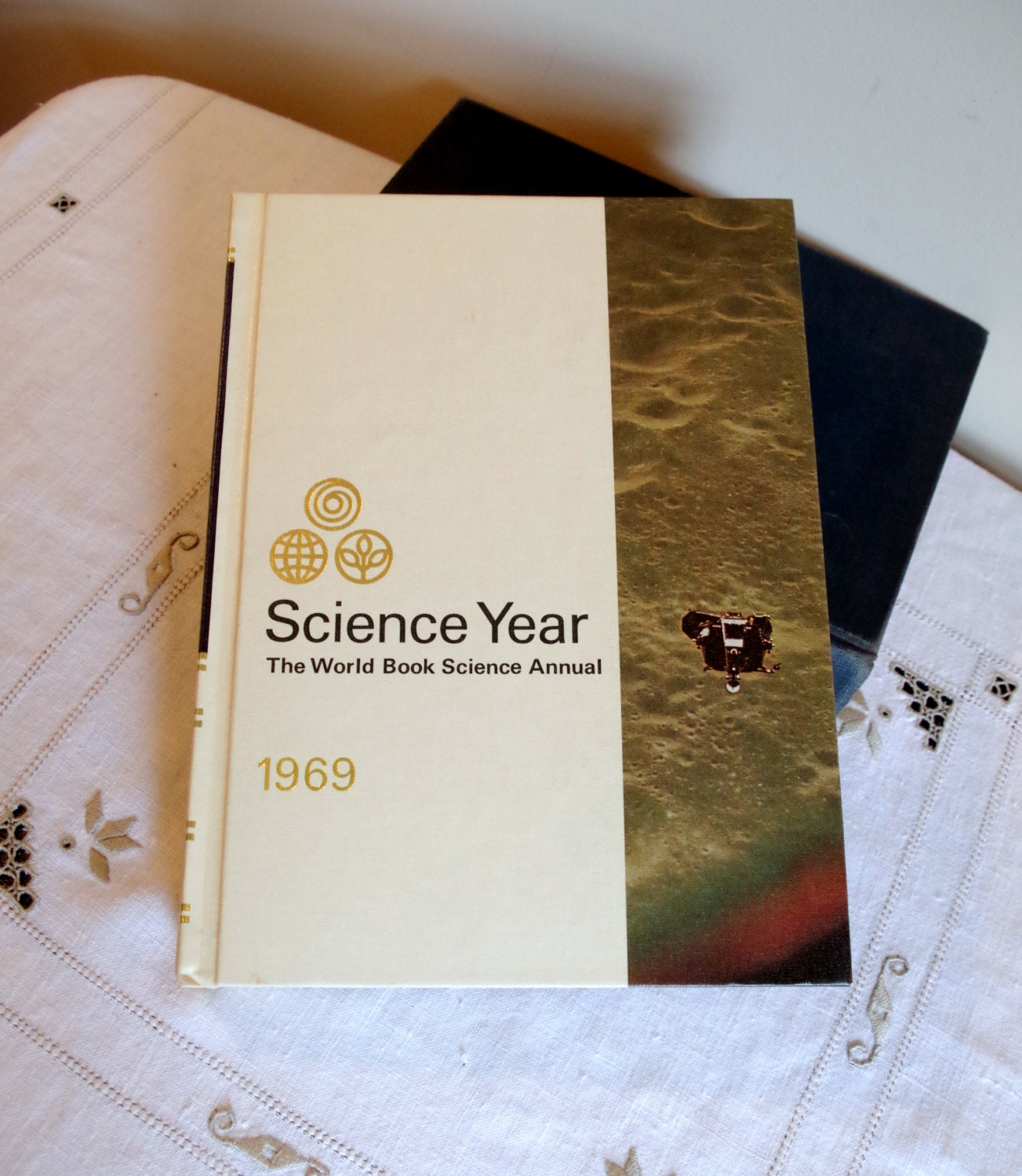 Science Year 1969 The World Book Science by VintageByDollymae