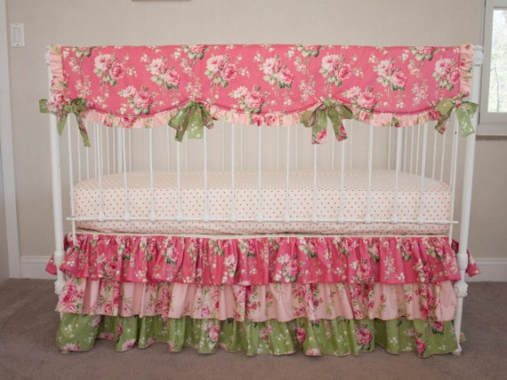 Shabby Chic Vintage Victorian Floral Bumperless Pink And