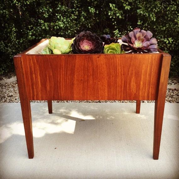 vintage mid century danish modern teak planter plant stand. Black Bedroom Furniture Sets. Home Design Ideas