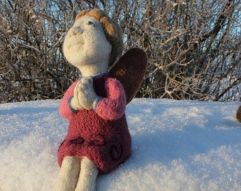 Needle Felted Angel,Praying Angel,Soft Sculpture, Art Doll,Christmas Home Decor,Pink