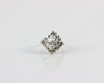 Sterling Silver Filigree Ring size 6 3/4