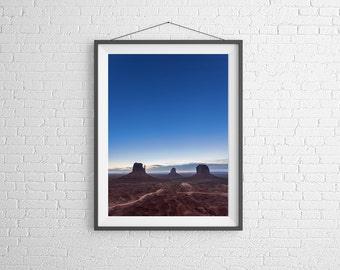 Fine Art Photography Print - Landscape, Nature - Monument Valley at Sunset - Utah, USA