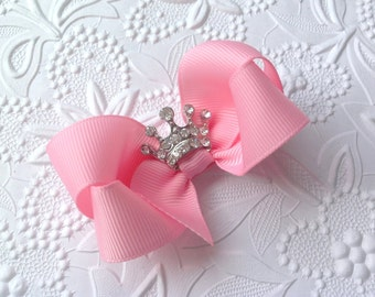 Princess bow: Pink hair bow with crown. Girls hair bow. Princess Hair bow. 3 inch bow. Pageant  bow, Baby bow, Toddler bow, crown bow.