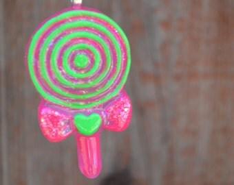 Lollipop Necklace, Lollipop Jewelry, Lollipop Pendant, Fun Jewelry, Resin Jewelry, Resin Lollipop, Swirl Lollipop Necklace, Pink and Green