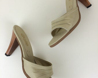 taupe fabric mule sandals w/ wood heel Golo deadstock 7 70's